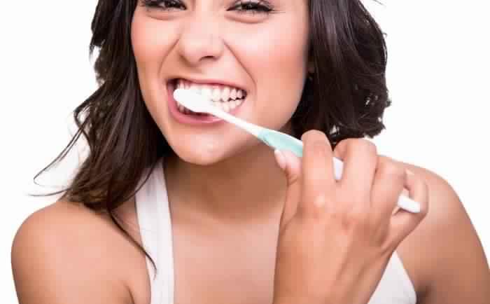 Abcès dentaire : comment le traiter à temps pour éviter les complications ?