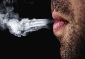 Pourquoi fumer nuit à votre dentition ?