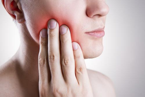 Comment soigner efficacement une rage de dent ?